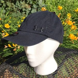 Women's black Under Armour Hat